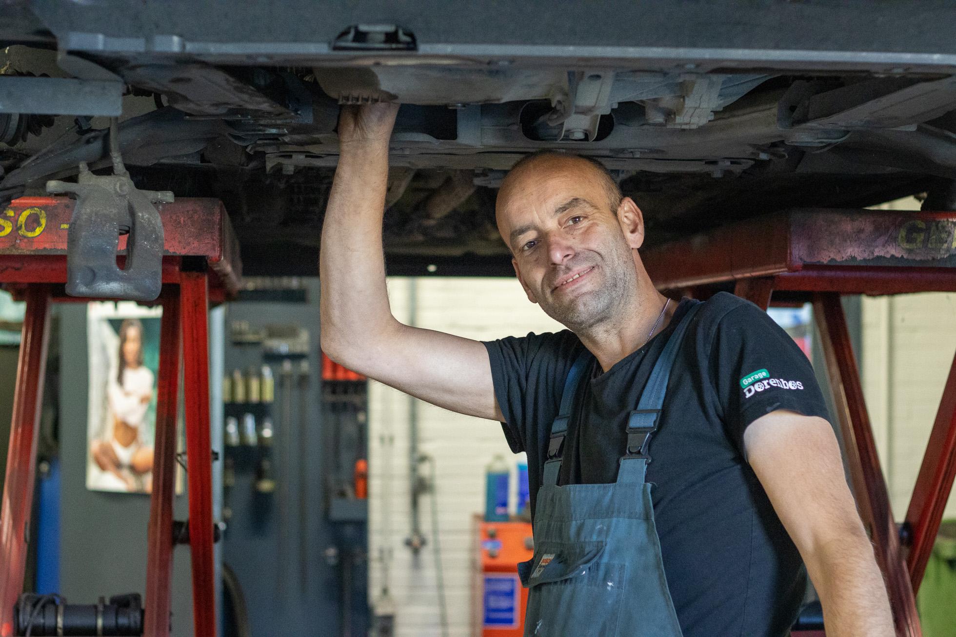 Auto-Garage-BOVAG-RDW-Norg-Drenthe-Monteur-expert-1