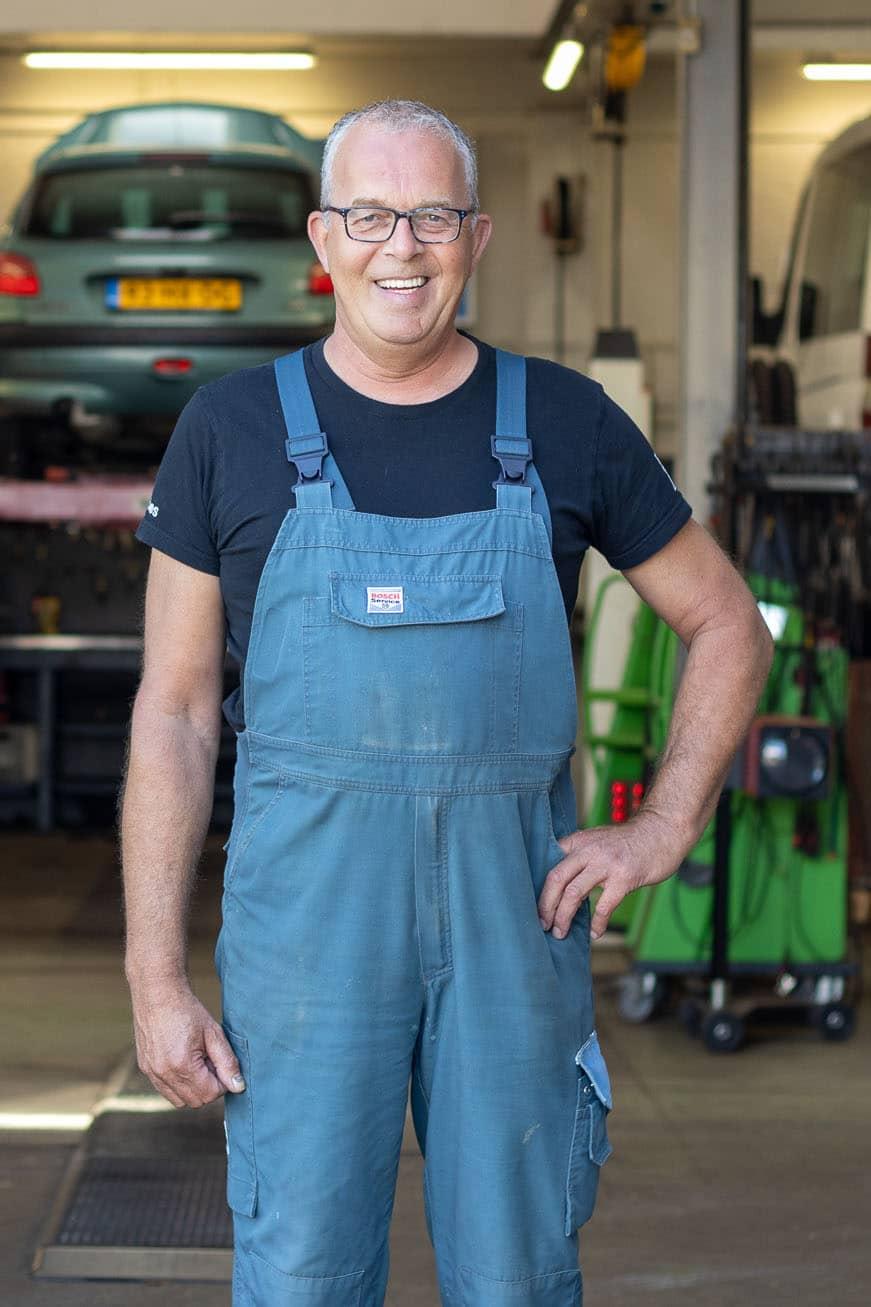 Auto-Garage-Norg-Groningen-Dorenbos-auto-reparatie-onderhoud-monteur-4